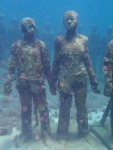 03 onderwatersculpturen