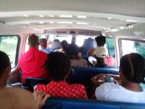 19 Openbaar vervoer met minibusje