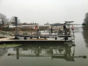 06  Passnten pontoon bij Seurre.