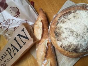 16 Lekker vers brood.