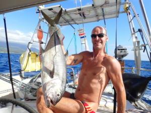 (02) 65 cm tonijn gevangen