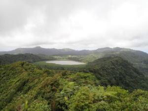 26 Vulkaanmeer Grand Etang