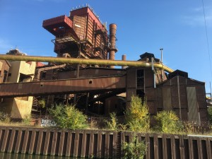 09 veel oude fabriekspanden in Charleroi