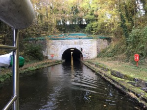 10 de tweede tunnel in het canal de Saint Quentin