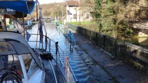 04- aquaduct na een sluisje