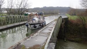 23- aquaduct over de Marne