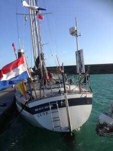 aan lagerwal met windkracht 7 tot 8